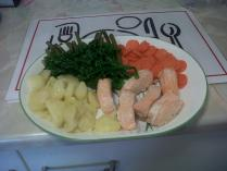 Salmon with boiled potatoes and steamed vegetables